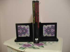 Diamond Bargello Bookends