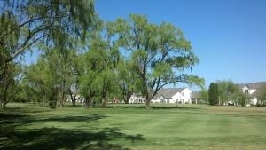 Midway Par 3 Golf